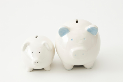 111014_piggy banks short position blog image